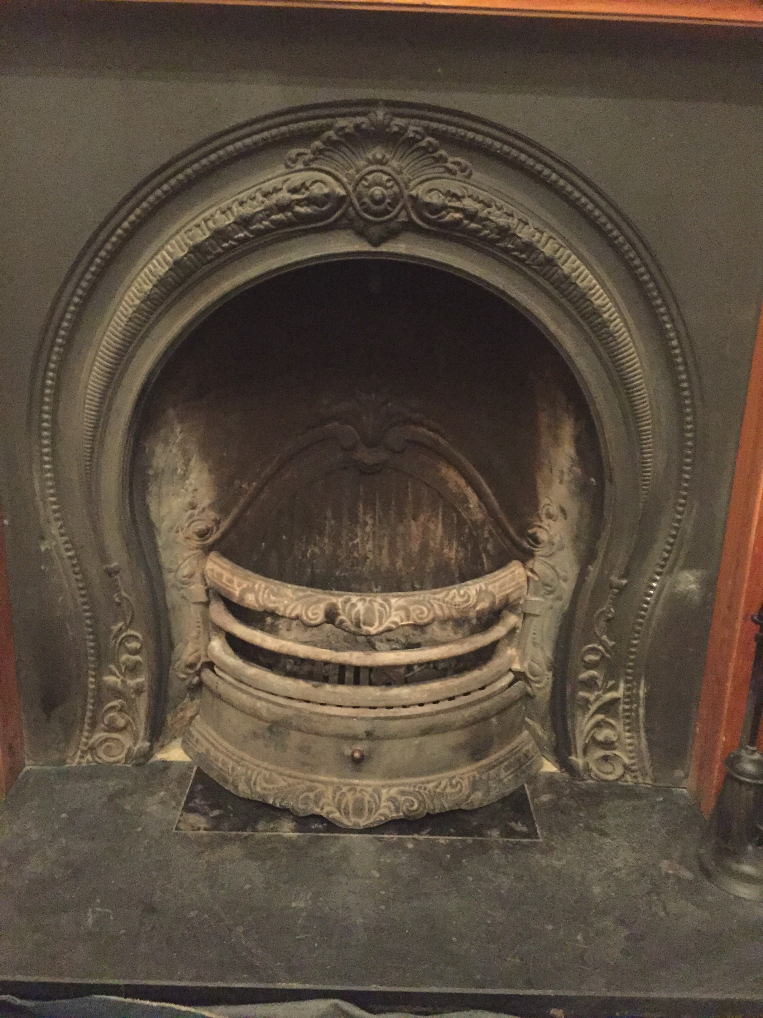 Open fire chimney sweep